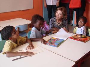 Primeira dama visita Levy Gasparian para conhecer a melhor educacao do Estado