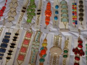 Sesc vai ministrar curso de bijuterias em Levy