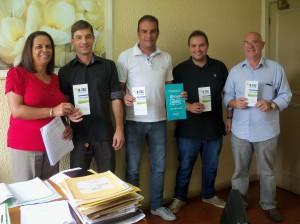Regina Mattos (Procuradora), José Henrique (Sub-Procurador), Marcelo Vasques (Sec. de Meio Ambiente), Geraldo e Bruno Silveira (R-Tec)