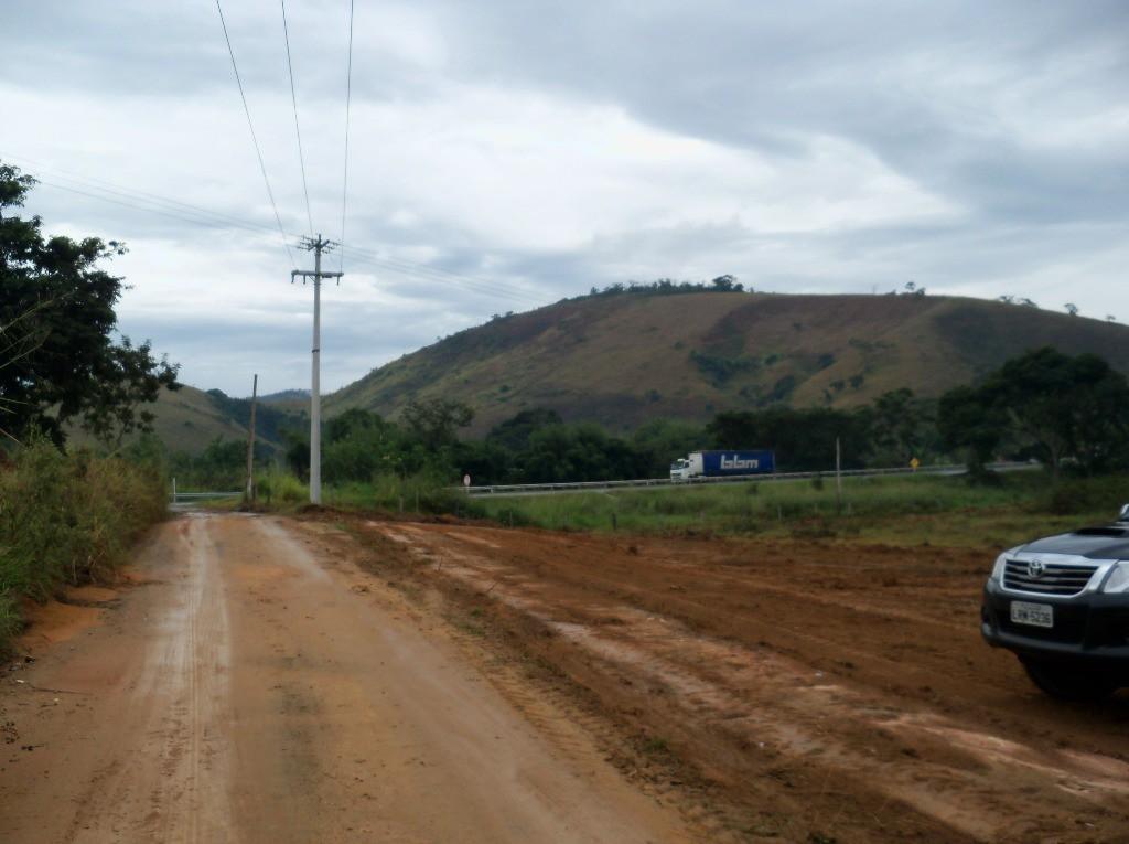 o acesso é no km 06 da BR 040